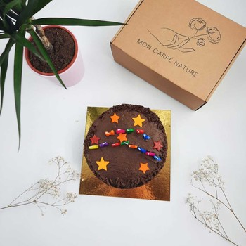 SEMAINE D'ANNIVERSAIRE 🎂  Toutes les bonnes choses ont une fin... 😩  Cette superbe semaine d'anniversaire pour les 1 an de l'aventure Mon Carré Nature arrive à son terme. 🕊✨  Pour vous remerciez de nous accompagner dans ce projet et cet engagement, on vous laisse souffler la bougie... 😉  Le meilleur reste à venir. ❤️  Merci à vous et... #restezengagé ! ✊🏻🌎  #cadeau #anniversaire #birthday #bougie #1an #startup #entreprisengagee #ecologique #engage #pourlaplanete #produitnaturel #produitfrancais #madeinfrance #madeinfrancewithlove #environnement #communaute #engagement #standupforearth #savonsolide #soinsnaturels #cosmetiquesnaturels #madeinfrance #zerodechet #soinvisage #ecoresponsable #produitnaturel #cosmetiques #beautenaturelle