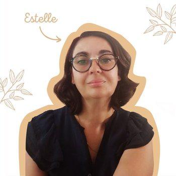 [ÉQUIPE] - ESTELLE . HELLO MOI C'EST ESTELLE 👋🏼 . Caractéristiques principales : . ➡️ Bretonne et fière de l'être 💁🏻♀️ ➡️ Pleine d'humour🤣 mais un humour Breton  ➡️ Passionnée et passionnante 🤓 ➡️ Un peu têtue mais ça c'est mon côté Breton 🙄 . Je suis un peu la maman de l'équipe mais non je ne vous donnerai pas mon âge. 🤫 . . Mon travail me passionne vraiment, j'adore vous dénicher de nouveaux produits🧴! Mais le Meilleur 🤩 c'est de pouvoir les tester avant de vous les proposer !!!  . . Mon produit coup de ❤ : les produits d'entretien DIY avec un peu d'huile essentielle pour que ma maison 🏠 sente bon ! . #equipe #communication #creer #madeinfrance #réseauxsociaux #communication #work #moncarrenature #zerodechet #zeroplastique